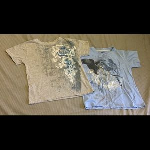 2 Boys Levi's tees size 5 good used condition